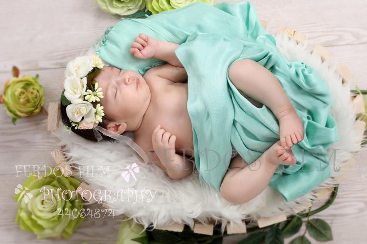 بهترین آتلیه تخصصی عکاسی نوزاد